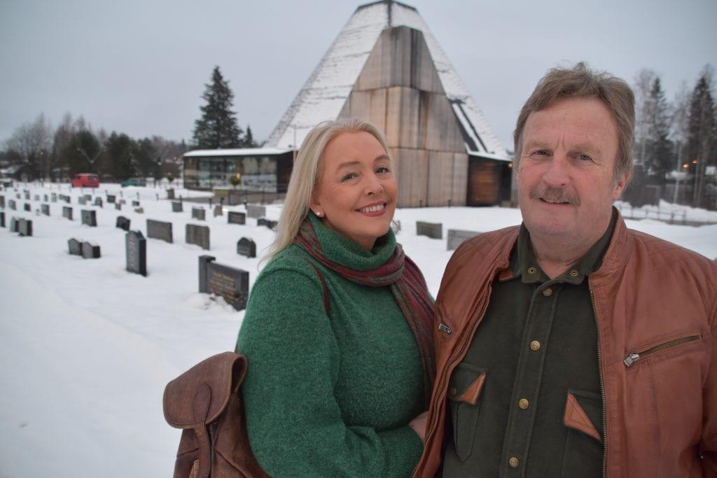 SETTER VÅLER PÅ KARTET: Nora Pettersen og Thor Engebretsen i Tater-Millas Venner samler folk fra fjern og nær til konsert og julebord i Våler 4. og 5. juledag.