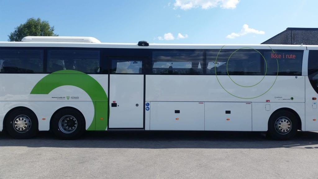 SKOLERUTER: Fra og med mandag 27. april kjører flere av skolebussene i Innlandet igjen. Foto: Innlandstrafikk