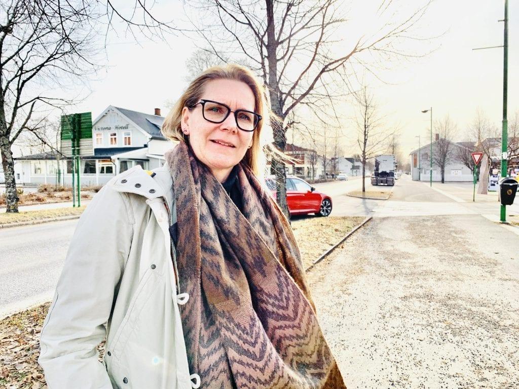 LOKALT: Daglig leder i Solør næringshage oppfordrer til å handle lokalt. Det er viktig for lokalsamfunnet og for å bevare abreidsplasser. Foto: Liv Rønnaug B. Lilleåsen