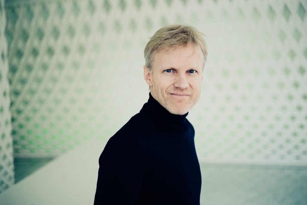 KOMMER: Piansit Håvard Gimse er én av flere musikere som gjester Holmgård kunst- og kulturhjem denne våren. Pressefoto