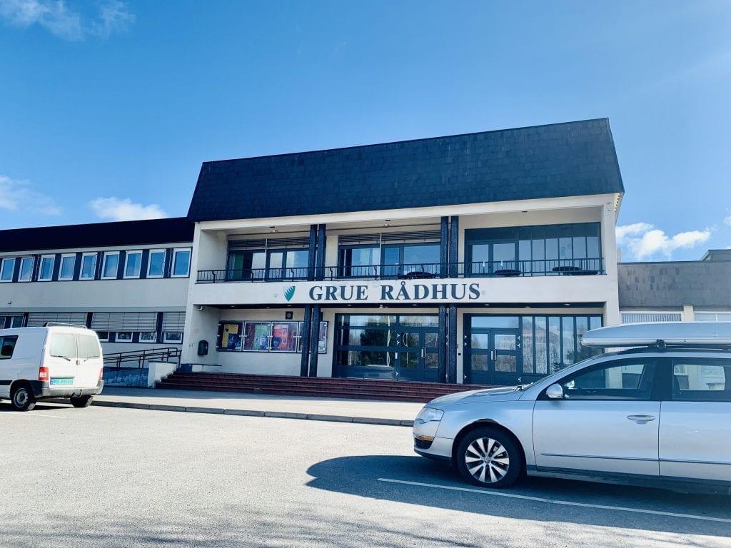 Grue rådhus, Foto: Liv Rønnaug B. Lilleåsen