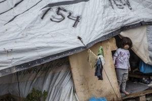 KATASTROFALT: Leger uten Grenser har flere ganger krevd at de mest sårbare menneskene bør evakueres ut fra Lesvos. Det er svært mange syke barn, hvor forholdene forverrer helsen deres - både fysisk og psykisk. Foto: Leger uten Grenser