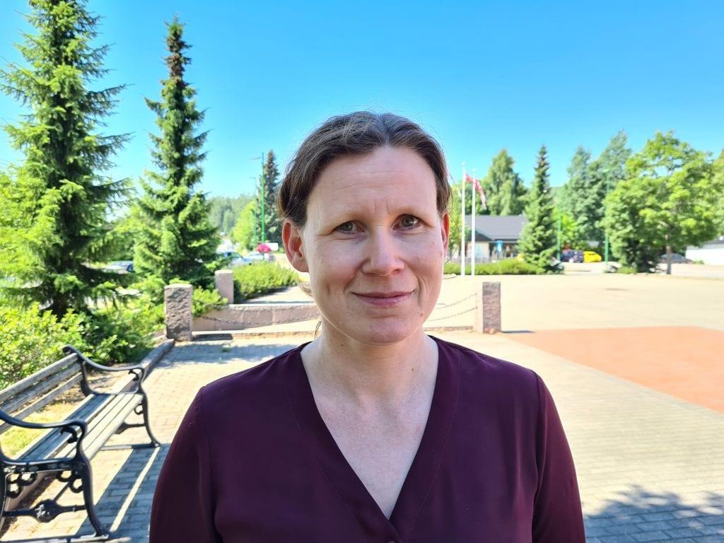 SKAL TESTE FLERE: Det åpnes nå opp for å teste flere for korona i Solør. Smittevernoverlege Jorun Slettli er glad smittenivået er lavt i Solør, men ser ikke bort fra at det kan bli en oppblomstring i høst.