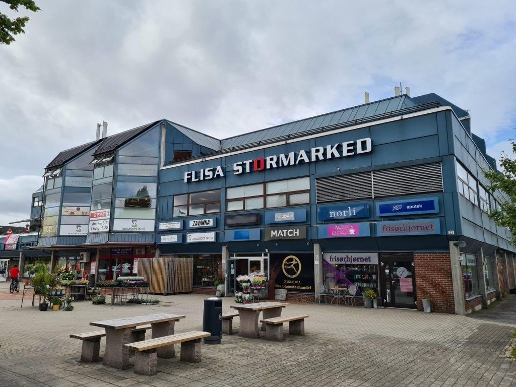INGEN KRISE: Senterleder ved Flisa Stormarked, Søren Hetland, er trygg på at det går an å fylle de tomme lokalene i senteret. Nylig kjøpte de Spar-lokalene av Norgesgruppen.