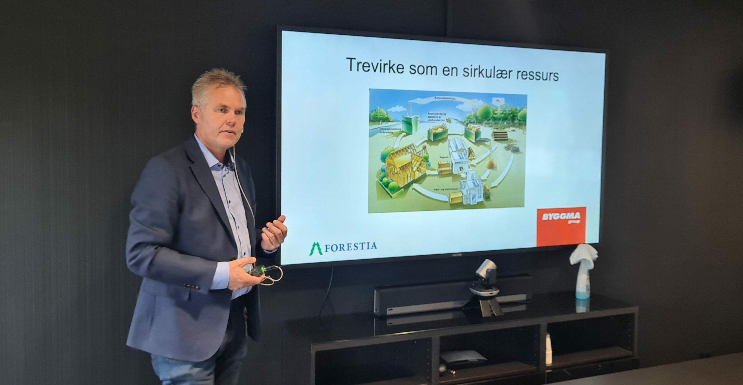 TRENGER STØTTE: Utbyggingen på Braskereidfoss vil ikke være lønnsomt isolert for Forestia, men for samfunnet totalt vil det bidra svært positivt. Administrerende direktør Terje Sagbakken etterlyser bedre støtteordninger rettet mot industrien for å få til det grønne skiftet.
