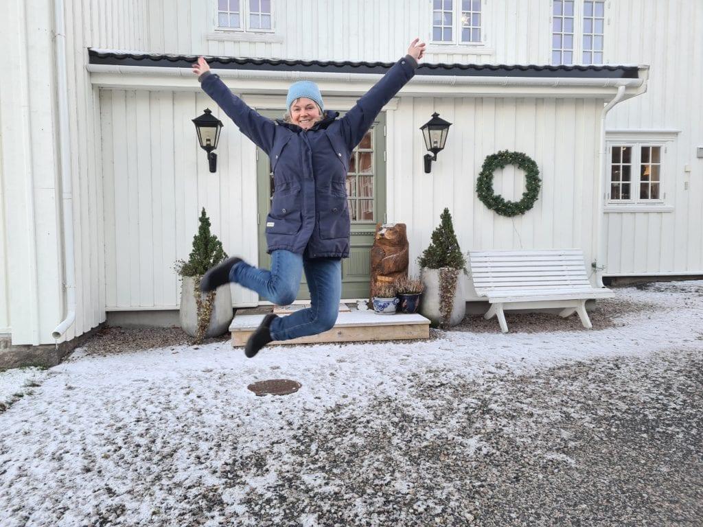 FULL JUBEL: Hjemme på Svenkerud gård ble det full jubel da Lise Berger Svenkerud fikk beskjed om at ny drift på Haslemoen skal utredes. Som ordfører i Våler brukte hun mye tid på å jobbe mot forsvaret.
