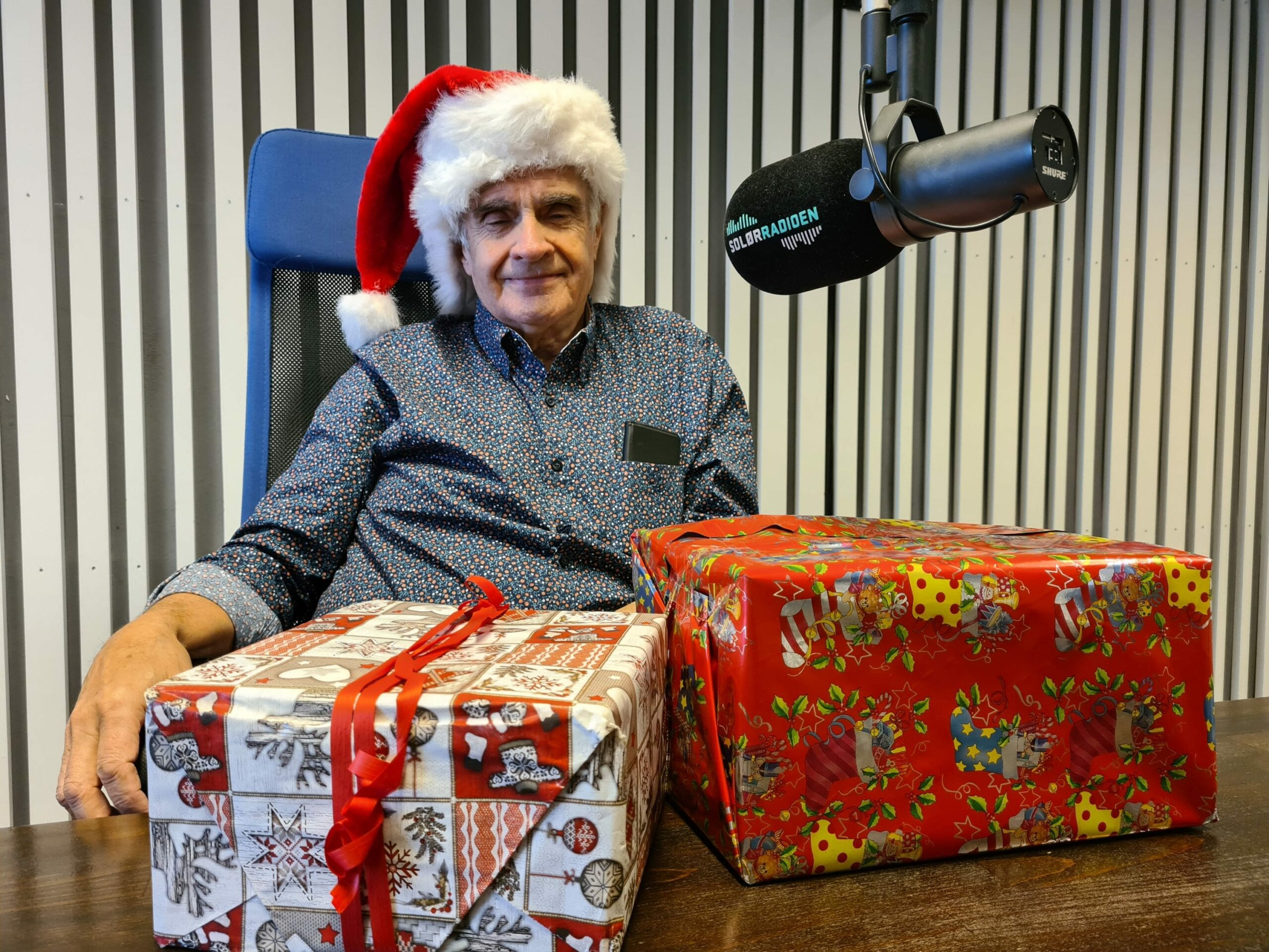 TRADISJONELL SENDING: Også i år er Knut Lilleåsen på plass i SolørRadioen på selveste julaften. «God jul Solør» går på lufta for 25. gang fra klokka 08.00.