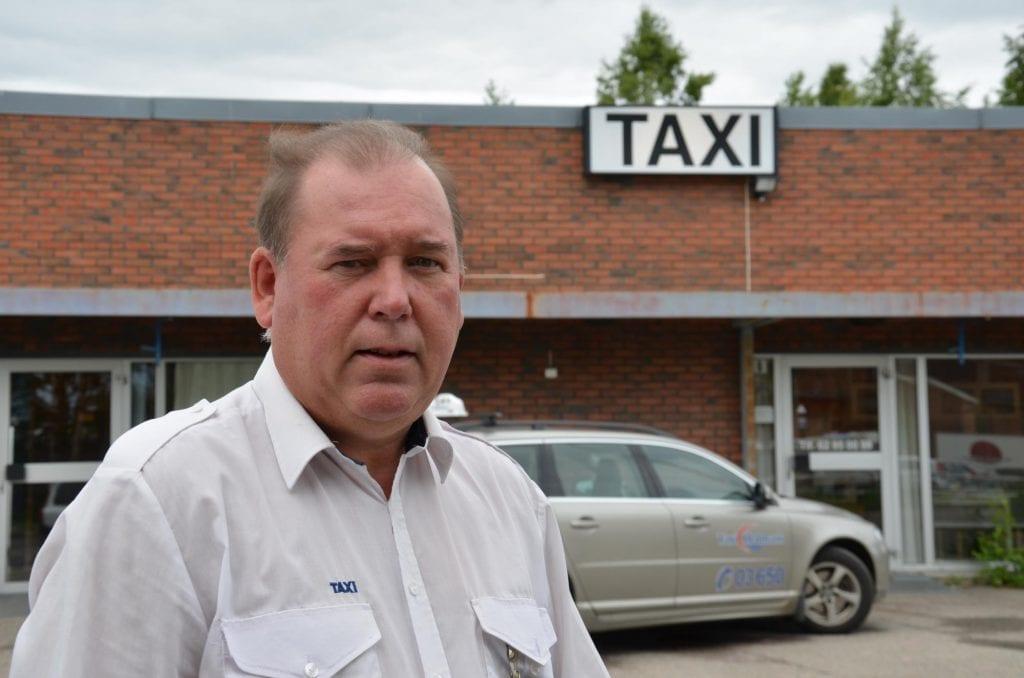 ØNSKER ORDNINGEN VELKOMMEN: Flisa Taxi er blant de mange drosjesentralene som ønsker «Trygt hjem»-ordningen velkommen tilbake. Per Erik Engen forteller dog at koronasituasjonen gir noen utfordringer.