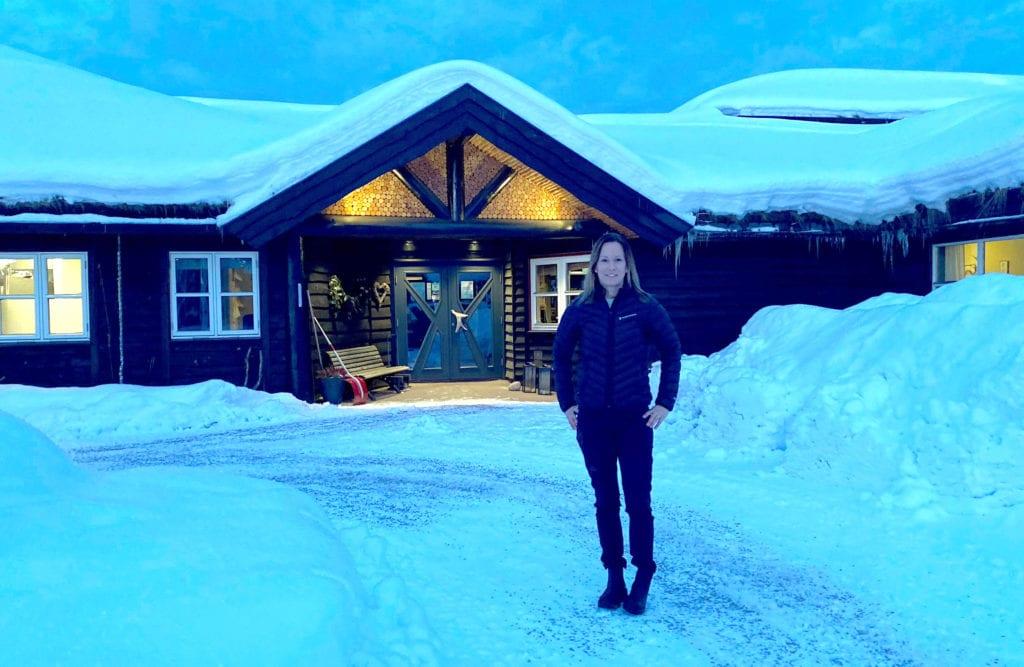 ÅPNER IGJEN: Therese Appel er daglig leder på Finnskogtoppen Velværehotell, og gleder seg til å åpne igjen for gjester fredag 12. mars. Hotellet har vært stengt siden 24. januar.