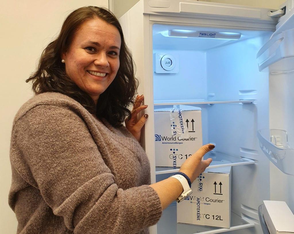SOM PLANLAGT: Vaksineringen med Pfizers vaksine mot covid-19 fortsetter som planlagt i Solør. Vaksinekoordinator i Våler og Åsnes, Line Engebretsen, forteller at alle takket ja til vaksine også i påskeuka. Ferien fikk heller vente.