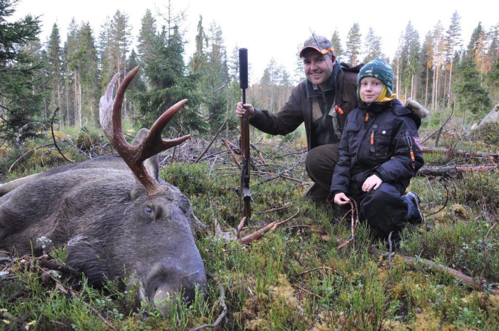 KLAR FOR JAKT: Knut Arne Gjems fra Gjesåsen er leder i Norges jeger- og fiskerforbund, og er veldig klar for elgjakta som starter lørdag. Foto: Privat.