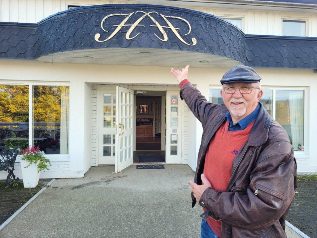 ER FØRST UT: Heia Hotell serverer fårikål den 21. oktober, som første sted under eldre ut på middag i Våler. Arne Thobru i Våler Pensjonistforening melder om stor interesse allerede.